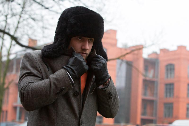 futrzana czapka uszanka na Tomaszu Milerze