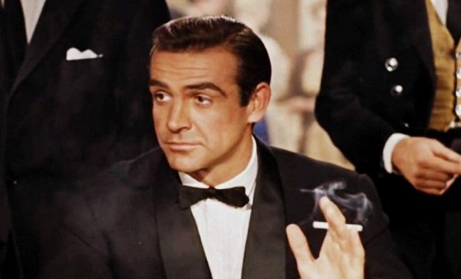 Sean Connery w muszce typu batwing