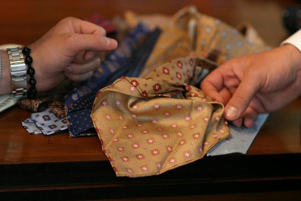 konstrukcja krawatu seven-fold