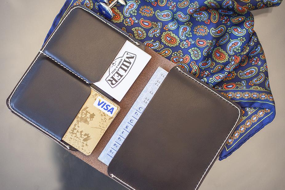 02b123a6bd80d ... portfel o maksymalnym wymiarze dowodu rejestracyjnego. Kiedy zacząłem o  tym myśleć