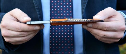 Manufaktura Miler: pokrowiec na iPhone z kieszenią na karty