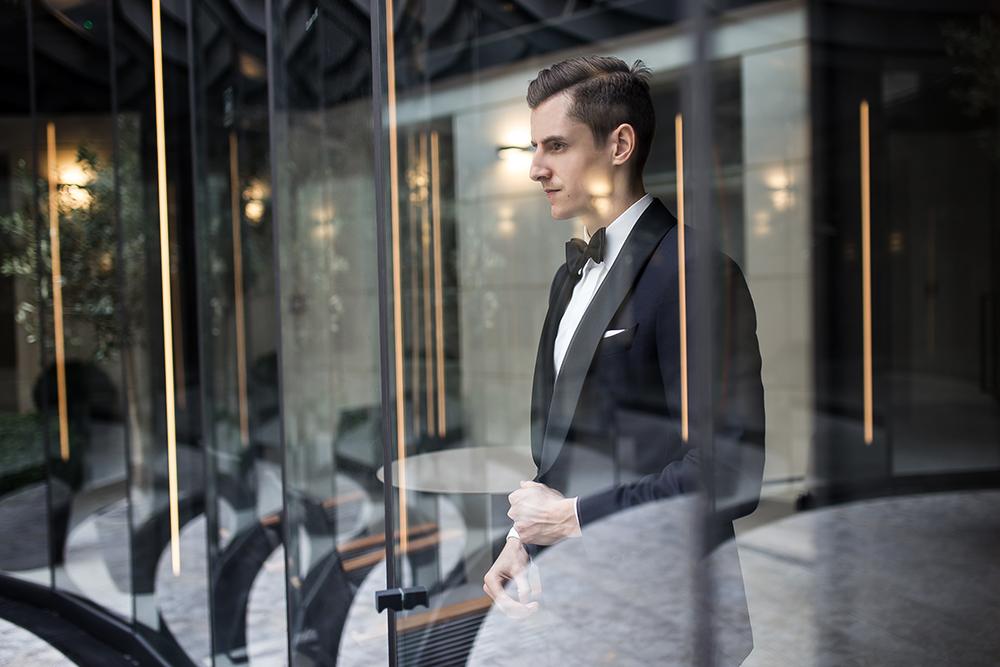 Ubraniowy poradnik ślubny #6: Jak wygląda smoking?
