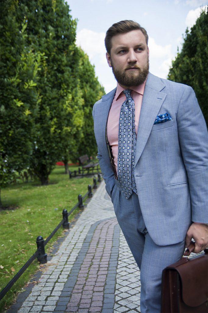 garnitur-niebieski-teczka-skorzana-brazowa (8)