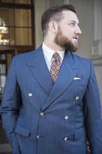 niebieski-garnitur-dwurzedowy-na-miare (19)