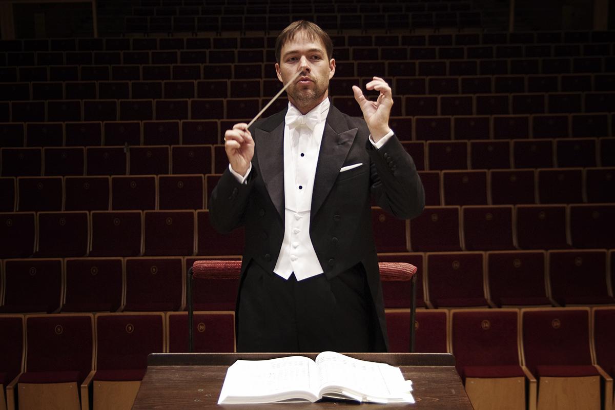 Wywiad z Przemysławem Neumannem – dyrektorem Filharmonii Opolskiej