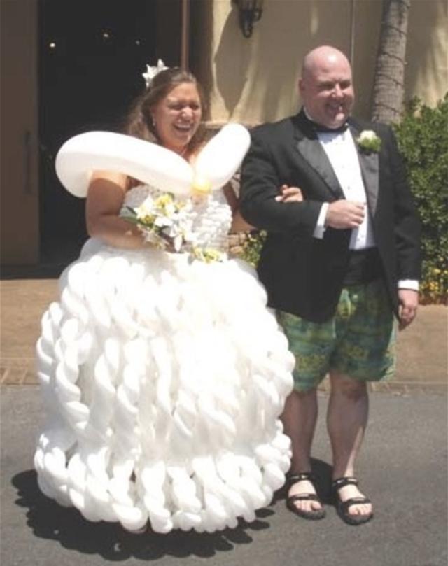 11 Horrendous Ugly Wedding Dress Fail Balloon Gown